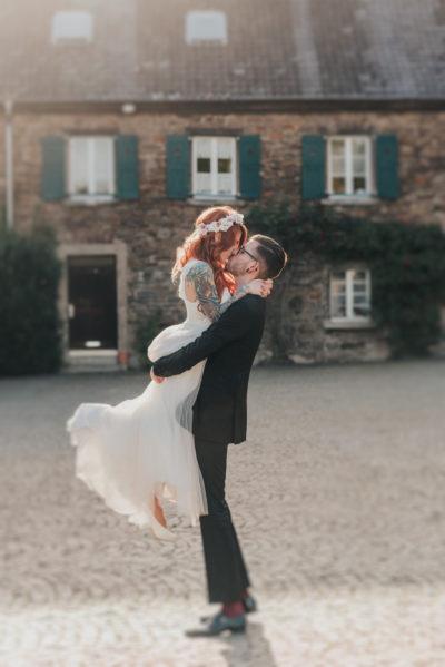 hochzeitsfotograf köln - kupferfuchs_philipp-steuer_hochzeit_hochzeitsbilder_youtubeer-hochzeit_wedding_schloss-linnep-117