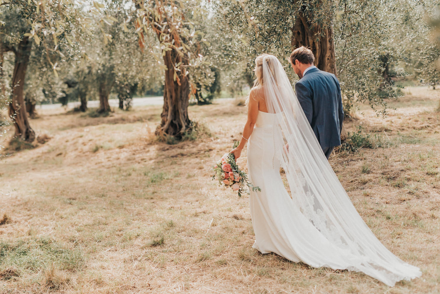 Tuscany-wedding-photographer-villa-ravano-Italy-destination-photography-